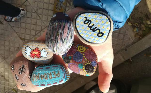 rocas pintadas bada-roc